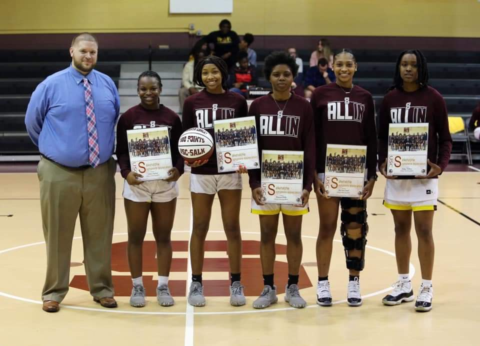 Women's Basketball Sophomores
